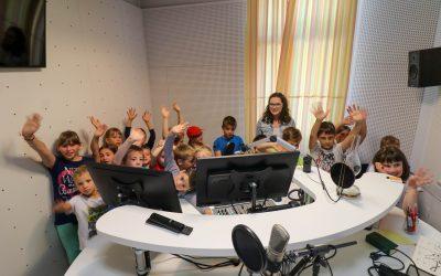 Počitnikarji pripravili radijsko oddajo